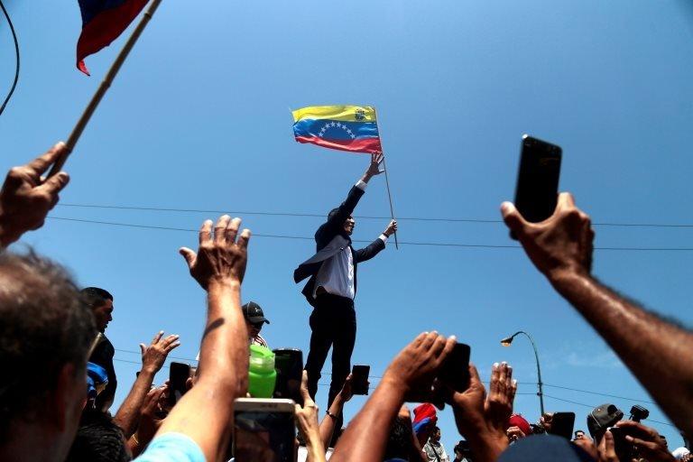 Guaidó cumplió su promesa de regresar a Venezuela. EPA