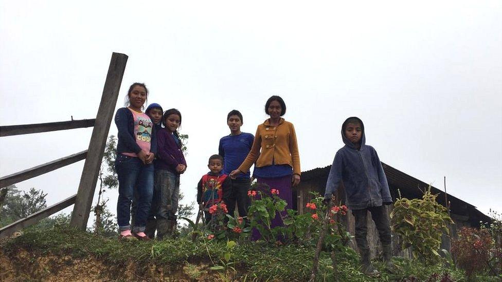 La casa de Francisca Ortiz, maestra de primaria, quedó sepultada en un derrumbe el año pasado.