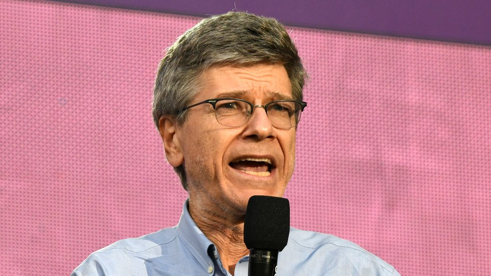 Jeffrey Sachs, considerado uno de los economistas más influyentes del mundo, critica las sanciones de EE. UU. al gobierno de Nicolás Maduro. GETTY IMAGES