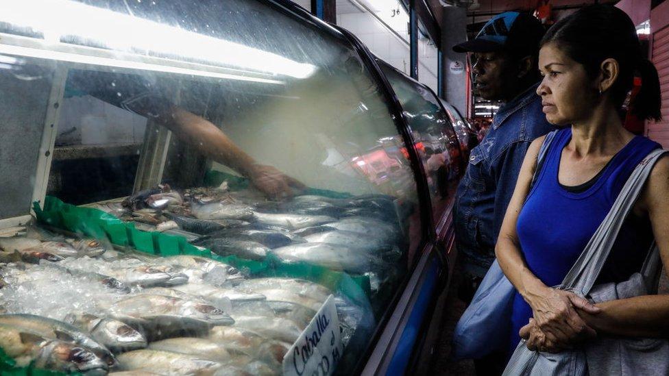 Los precios en Venezuela aumentan a un ritmo vertiginoso.