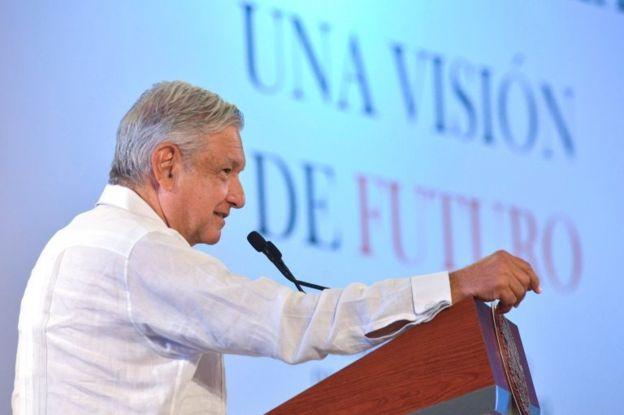 López Obrador asegura que él también pedirá perdón a los pueblos originarios. REUTERS