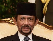 El sultán de Brunéi, Hassanal Bolkiah, pondrá en práctica la pena capital para homosexuales, entre otras leyes que causan controversia.
