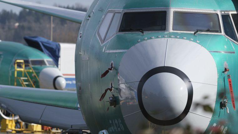 Un avión Boeing 737 MAX en la fábrica de la compañía en Renton, Washington. (Foto Prensa Libre: AFP)