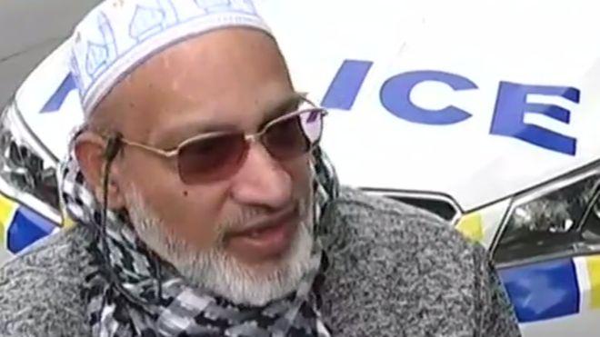 Farid Ahmed estaba dentro de la mequita cuando ocurrió el ataque.