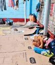 Guatemaltecos dormían en el suelo, en la misma bodega donde trabajaban. (Foto Prensa Libre: Cortesía La Prensa Gráfica)
