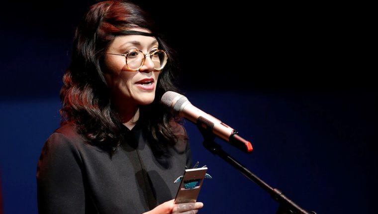 """Ana Isabel Bustamante recibió el Mayahuel Iberoamericano del premio especial del jurado por su película """"La asfixia"""" (Foto Prensa Libre: EFE)."""
