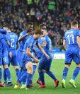 Así festejaron los jugadores de Italia este sábado. (Foto Prensa Libre: EFE)