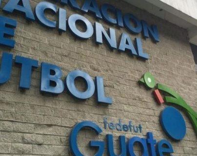 Los jugadores demandantes aseguran que la Fedefut no ha respondido a sus solicitudes. (Foto Prensa Libre: Hemeroteca PL)