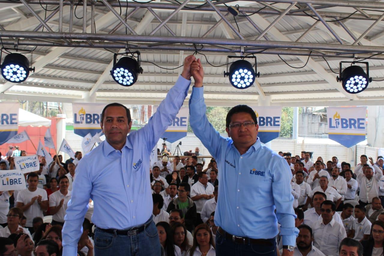 Aníbal García y  Carlos Roberto Pérez, binomio presidencial de Libre. (Foto Prensa Libre: Libre)