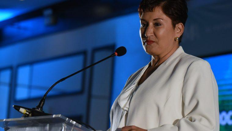 Thelma Aldana, durante la asamblea de proclamación de binomio presidencial del Movimiento Semilla. (Foto Prensa Libre: Hemeroteca PL)