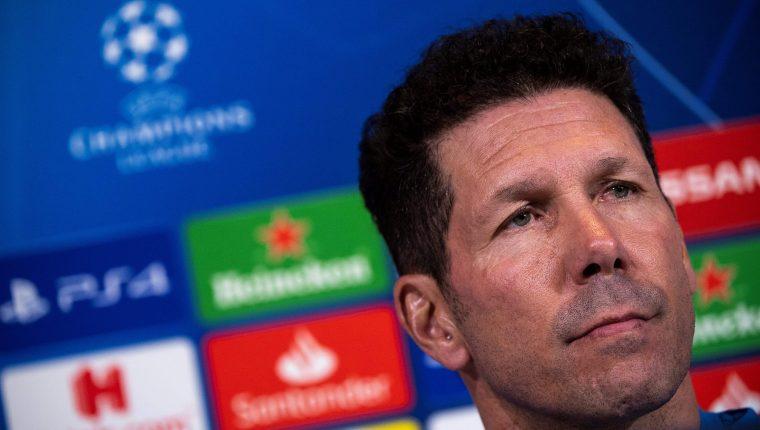 Diego Simeone, entrenador del Atlético de Madrid, confía en que sacarán un buen resultado frente a la Juventus. (Foto Prensa Libre: AFP)