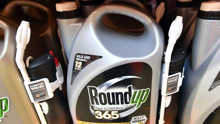 Monsanto rechazó la decisión del jurado y defendió que Roundup es un producto seguro. (Foto Prensa Libre: Hemeroteca PL)