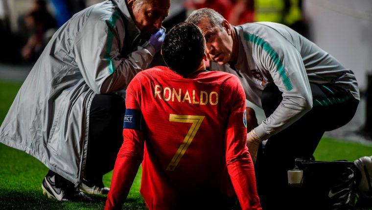 Cristiano Ronaldo encendió las alarmas de Portugal y Juventus. (Foto Prensa Libre: AFP)