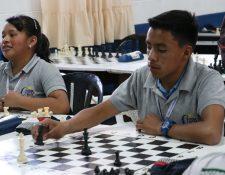 Los alumnos de Ceipa tuvieron su primera competencia en busca de ser tomados en cuenta para representar a Quetzaltenango. (Foto Prensa Libre: Raúl Juárez)