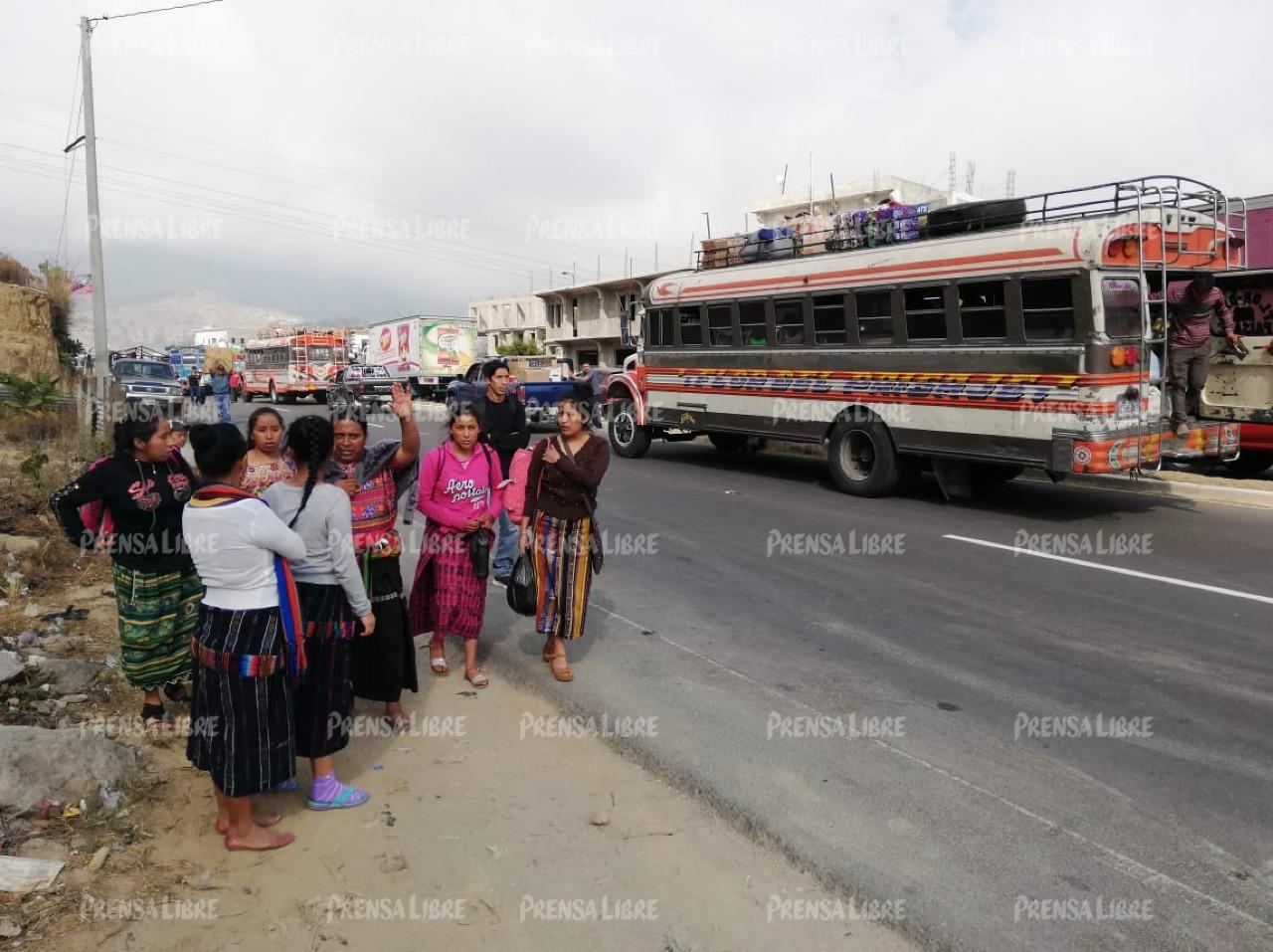 En Nahualá varias personas se vieron afectadas por el bloqueo