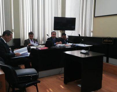 Dos abogados implicados en el caso Los Huista aceptan cargos