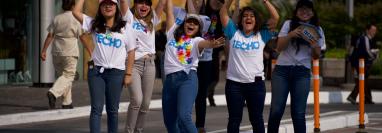 Los voluntarios estarán identificados con la playera de Techo Guatemala. (Foto Prensa Libre: Cortesía).