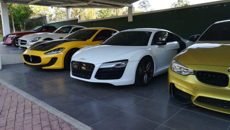 Solo en diez carros de lujo, el narcotraficante habría gastado Q10 millones, según el MP. (Foto Prensa Libre: MP)