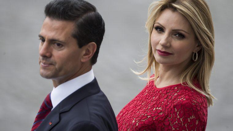 Medios internacionales aseguran que la actriz mexicana Angélica Rivera solicita 35 carros y 12 años de vuelos privados para divorciarse de Enrique Peña Nieto. (Foto Prensa Libre: EFE).