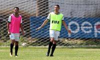 El defensa del bicampeón Guastatoya, Carlos Gallardo, es el jugador más experimentado de la Bicolor. (Foto Prensa Libre: Francisco Sánchez).