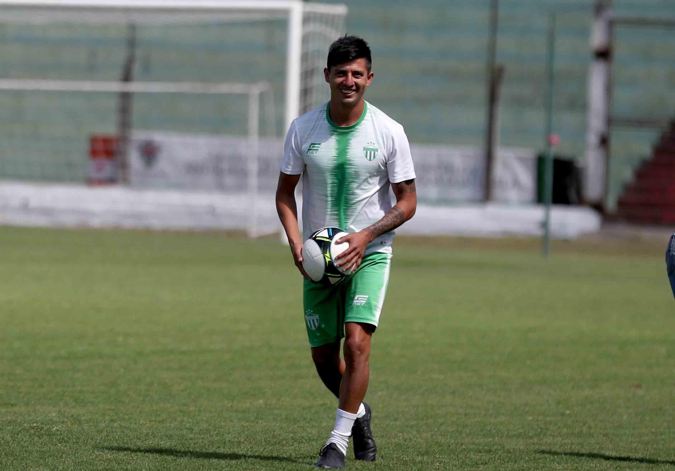 Gambetita Díaz suma cuatro goles con el armado colonial en el torne. (Foto Prensa Libre: Carlos Vicente)