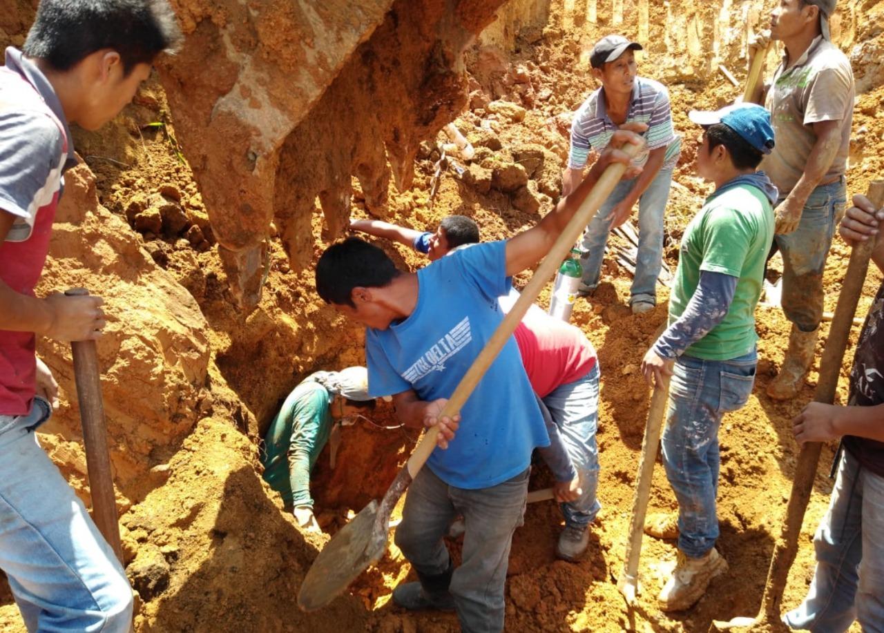Socorristas llegaron pronto al lugar de la emergencia. Foto: Otoniel Rivera