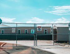 Vista lateral del Centro de detención de indocumentados en Homestead, Florida, EE. UU. (Foto Prensa Libre: EFE)