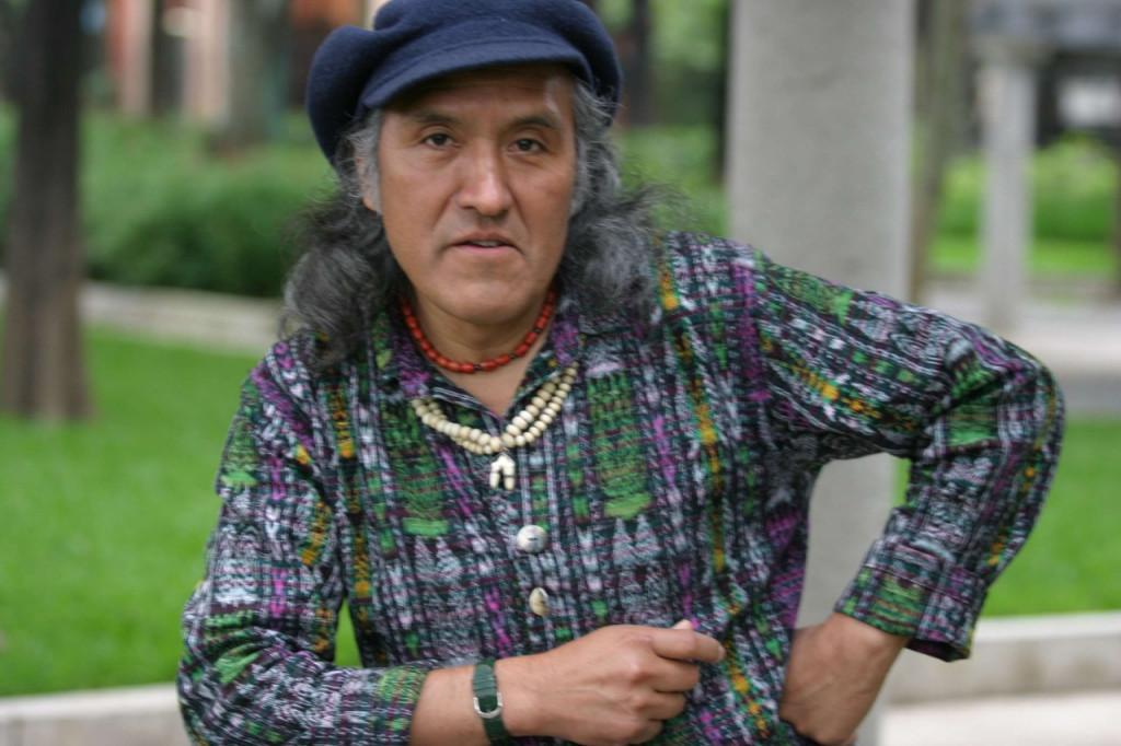 Ak'abal aportó su creatividad para realizar esta edición del proyecto Escénica Poética pocos meses antes de su partida. (Foto Prensa Libre: Hemeroteca PL)