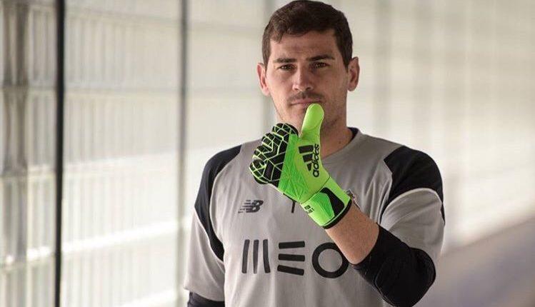 Iker Casillas, el exportero del Real Madrid mostró su felicidad por el regreso de Zinedine Zidane al cuadro merengue. (Foto Prensa Libre: Hemeroteca PL9