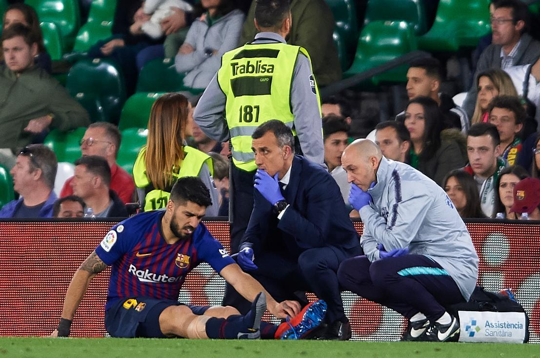 Luis Suárez sufrió una lesión y es duda para los siguientes juegos. (Foto Prensa Libre: tomada de la red)