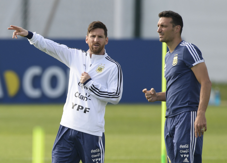 Este jueves se dio a conocer la lista de convocados y en ella aparece el astro del Barcelona, Lionel Messi. (Foto Prensa Libre: AFP).