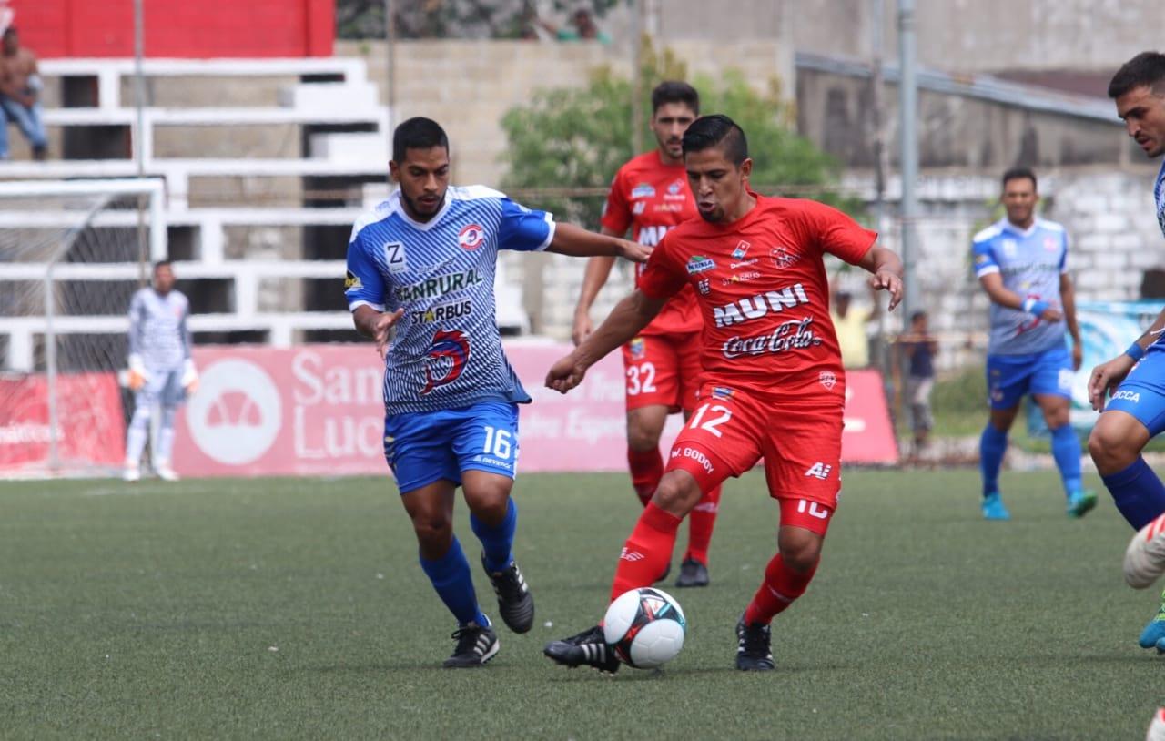 El Deportivo Malacateco no logró vencer a Iztapa en el Estadio Santa Lucía. (Foto Prensa Libre: Raúl Juárez)