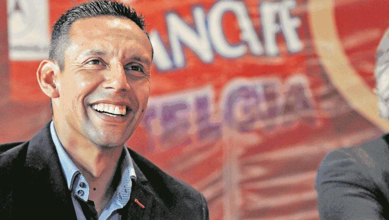 Claudio Albizuris asegura que no es responsable del mal momento de Deportivo Petapa. (Foto Prensa Libre: Hemeroteca PL)