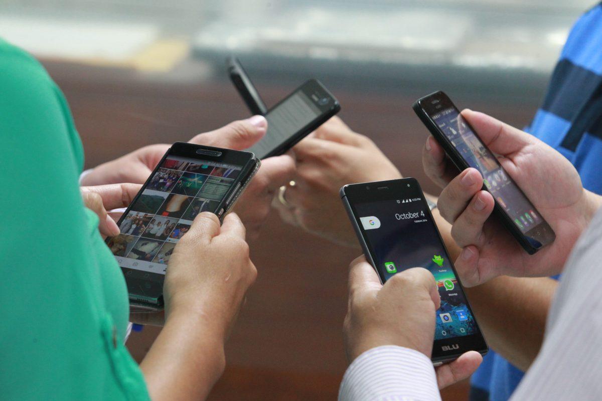 Telefonía: En 2018 se registraron 481 mil nuevas líneas móviles, según la SIT