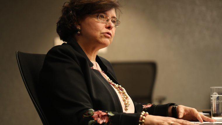 Connie Beneitez de Paiz llamó a formular una agenda mínima que incluya el tema vial en un año electoral. (Foto Prensa Libre: Esbin García)
