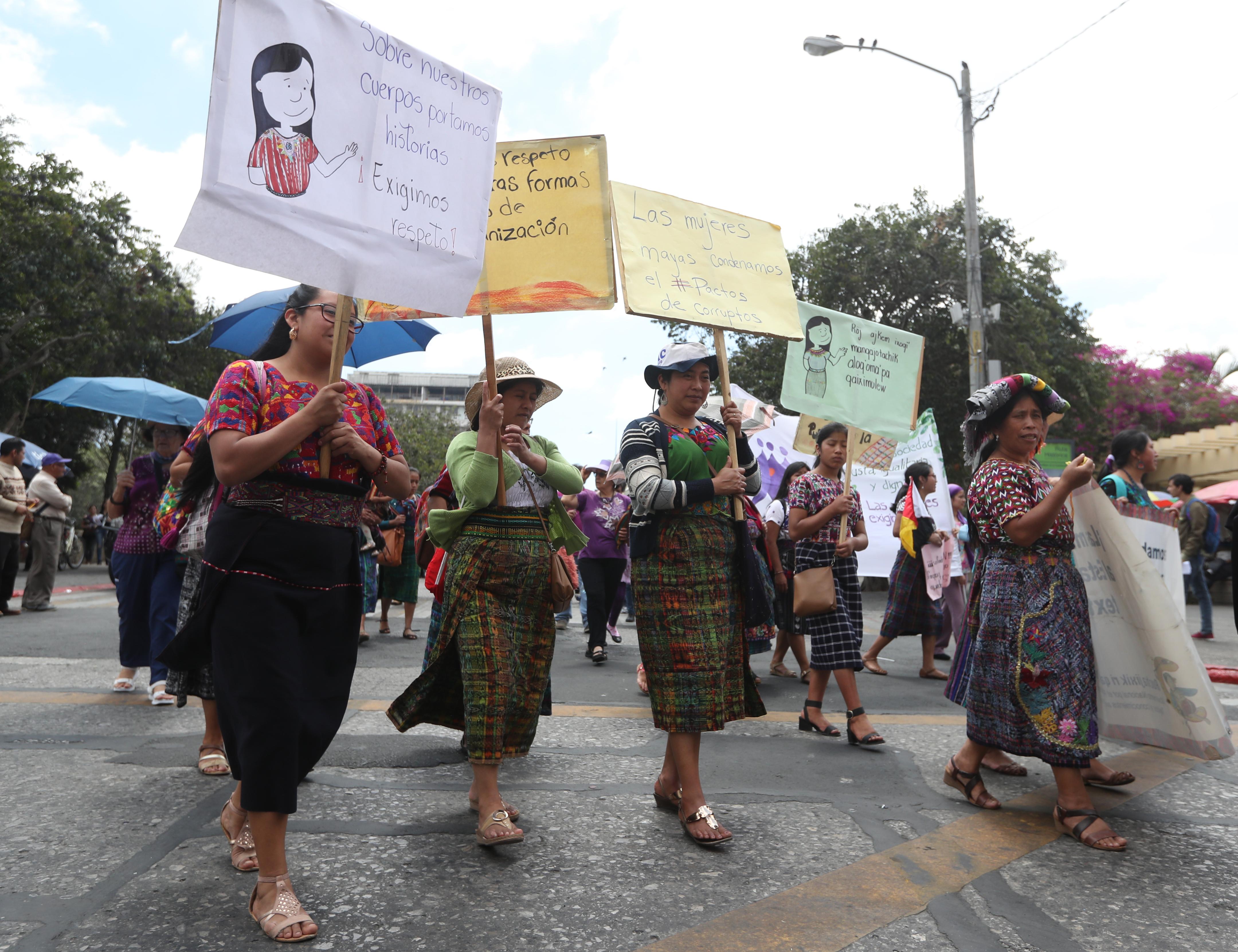 Varios sectores de la sociedad fueron representados durante la marcha. (Foto Prensa Libre: Óscar Rivas)