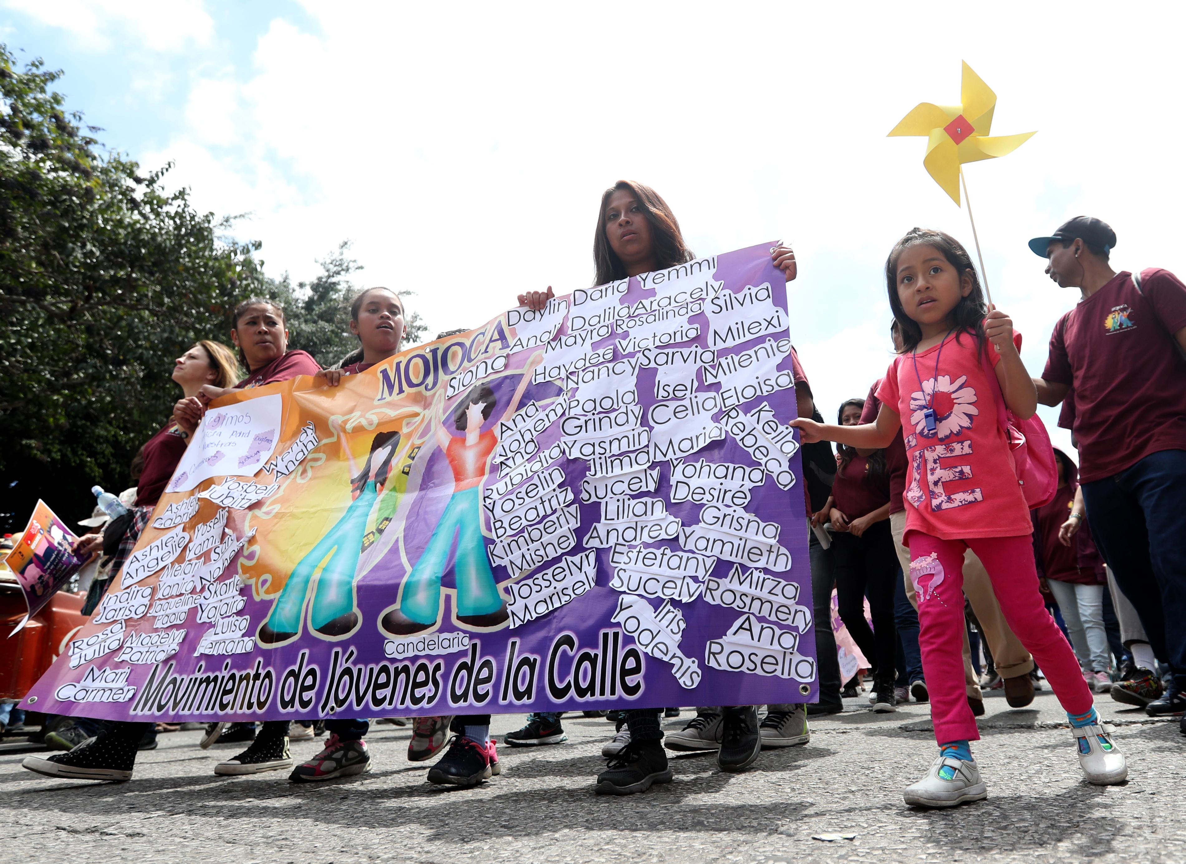 Según las participantes, este día se celebra con mucha denuncia social y la reivindicación de la lucha por la igualdad de derechos. (Foto Prensa LIbre: Óscar Rivas)