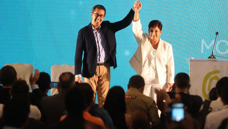 Thelma Aldana y Jonathan Menkos, binomio presidencial inscrito en el TSE. (Foto Prensa Libre: Hemeroteca PL)