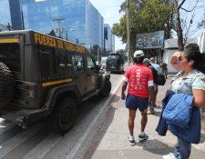 Mas de 100 jeeps J8 donados por el Gobierno de EE. UU. fueron llevados este viernes a la Fuerza Aérea Guatemalteca. (Foto Prensa Libre: Érick Ávila)   Erick Avila                   14/03/2019