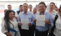 Aníbal Garcia y Carlos PŽrez del partido Libre fueron los últimos candidatos presidenciables proclamados (Foto Prensa Libre: Hemeroteca PL)
