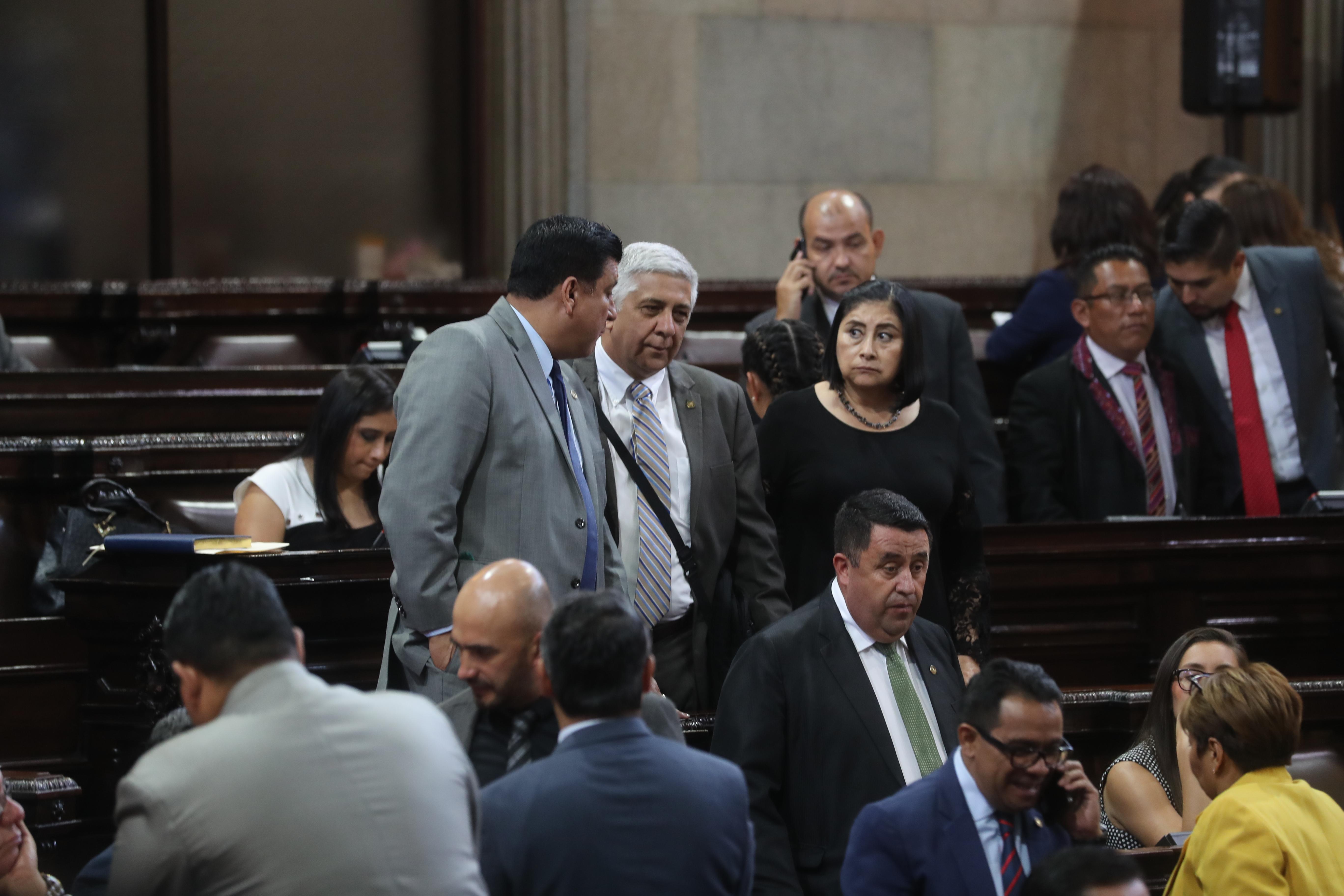 Diputados del Congreso durante una sesión plenaria del pasado periodo ordinario de sesiones. (Foto Prensa Libre: Hemeroteca PL )