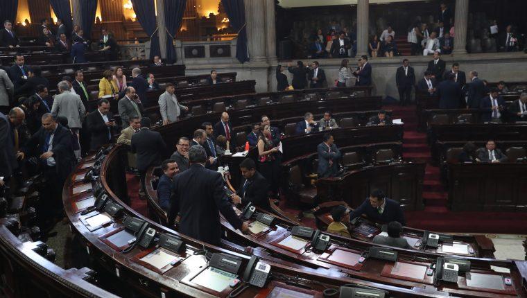 La interpelación en contra del ministro de Desarrollo Social tardó más de cuatro meses y no terminó de realizarse. (Foto Prensa Libre: Erick Ávila)