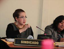 Blanca Stalling, magistrada separada de la Corte Suprema de Justicia, espera la audiencia intermedia. (Foto Prensa Libre: Hemeroteca PL)