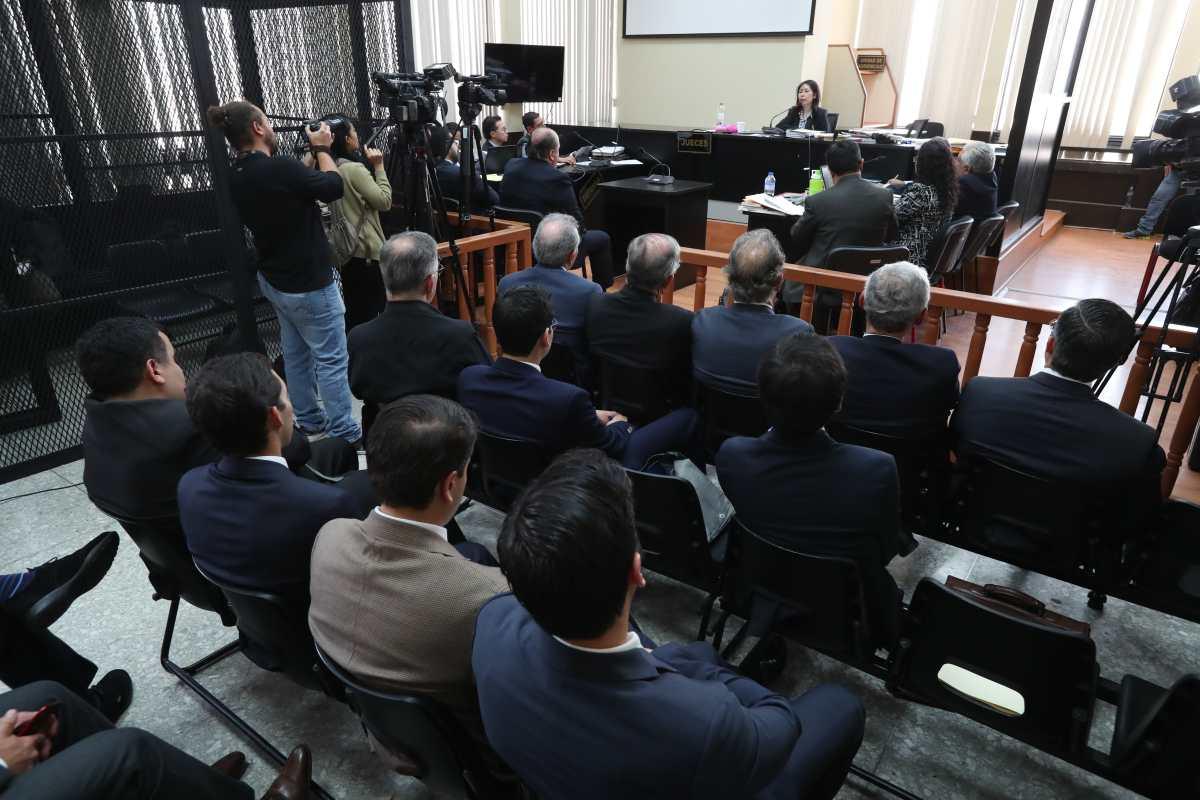 Amparo detuvo audiencia intermedia a empresarios procesados por financiamiento a FCN-Nación