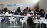 En el parque de la Industria se encuentra el centro de Operaciones del proceso electoral elecciones 2019, donde varios colaboradores del Tribunal Supremo Electoral empiezan el trabajo de arreglos de los utensilios. para las elecciones.   Erick Avila Solis.                  29/03/2019
