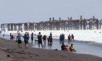 Se espera le llegada de miles de turistas a Puerto San José durante Semana Santa. (Foto Prensa Libre: Enrique Paredes).