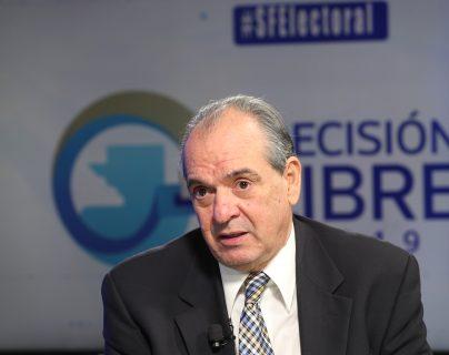 Pablo Duarte, candidato presidenciable del partido Unionista, participa en el programa Sin Filtro Electoral. (Foto Prensa Libre: Érick Ávila)
