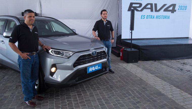 Personeros de Cofiño Stahl presentaron la nueva edición RAV4 en su modelo 2020.