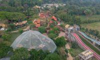 Vista aérea del parque de Aventura Xejuyup en el Irtra. (Foto Prensa Libre: Rolando Miranda)