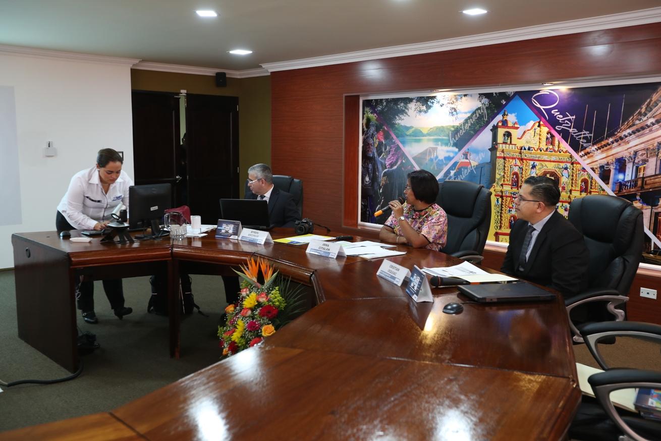 La SAT ofrece capacitaciones gratuitas para los quetzaltecos. (Foto Prensa Libre: María Longo)